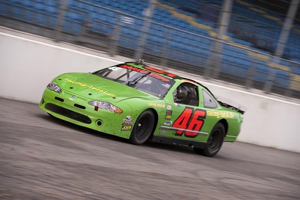 Ron Snoeck test in Nascar auto op Raceway Venray