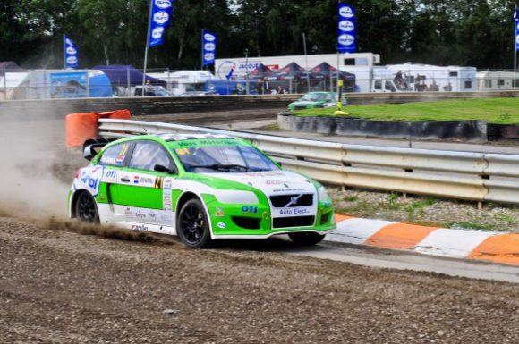Ron Snoeck Racing haalt belangrijke punten voor het kampioenschap